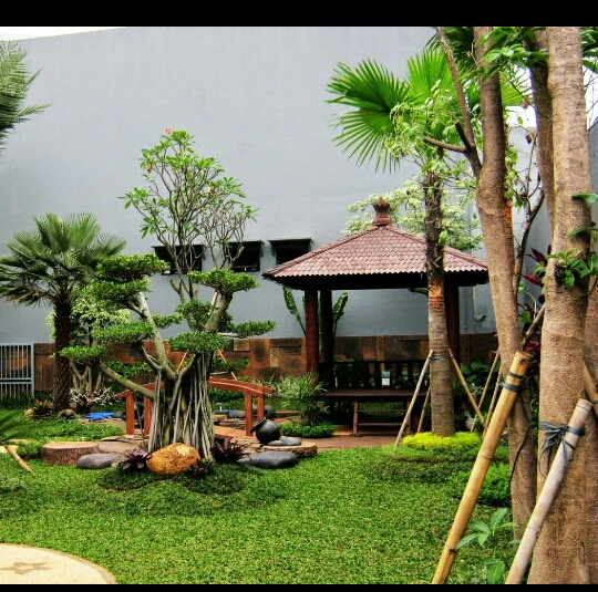 tukang taman di indonesia